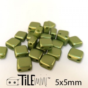 Χάντρα Czech Mini Tile™ - Pastel Olivine 5x5mm ~30τεμ